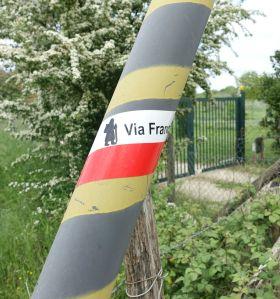 Via Francigena pole sign
