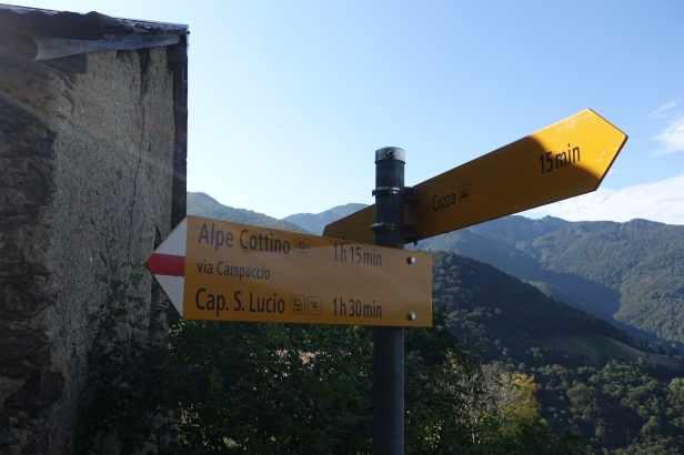 signs ticino walks