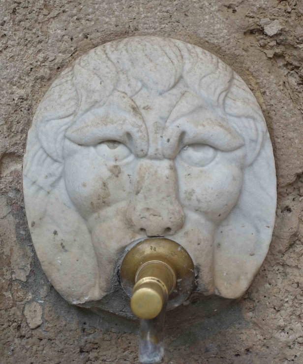 via romea germanica fountain ficulle