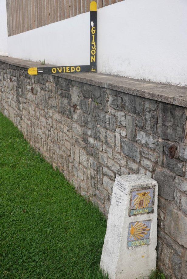 Oviedo turn off camino del norte